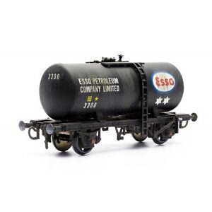 Class-B-Esso-Tanker-Wagon-Dapol-Kitmaster-C036-OO-plastic-model-kit