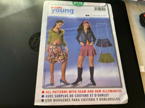 Burda Young Fashion Pattern 8118  Ms Inverted Pleat Mini Skirts /& Skirt Sz 6-16