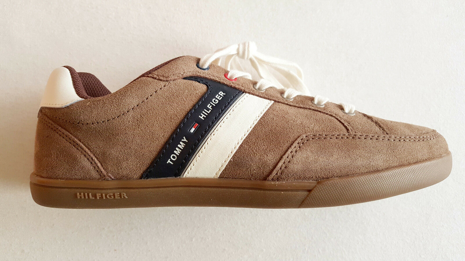 Hilfiger Sneaker, Farbe Hellbraun, Gr.41, Neu