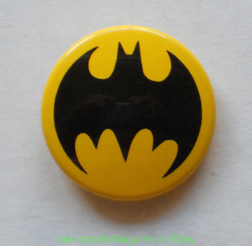 6 BATMAN pinback BUTTONS 1990S-2000S ALL MINT CONDITION