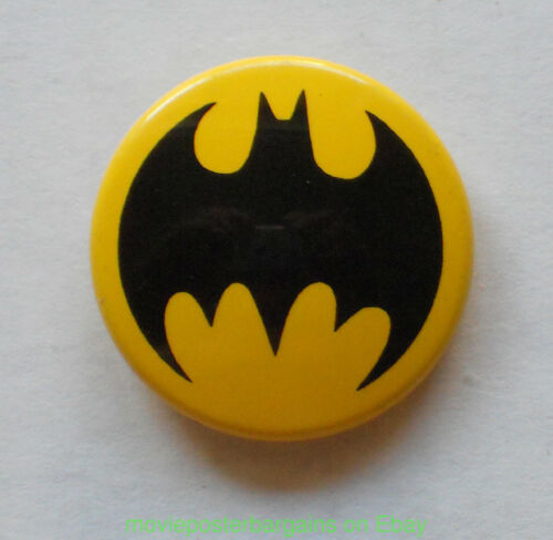 6 BATMAN pinback BUTTONS 1990S-2000S ALL MINT CONDITION