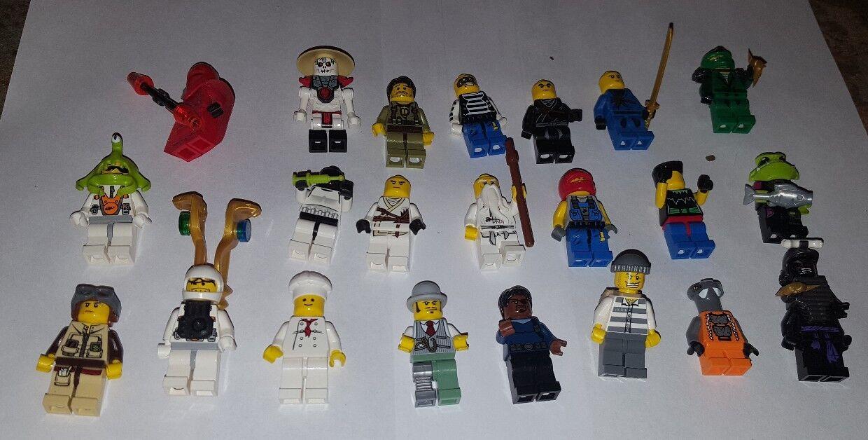 24 LEGO MINIFIG LOT people Star Wars, Ninjago, Etc Lego Minifigures