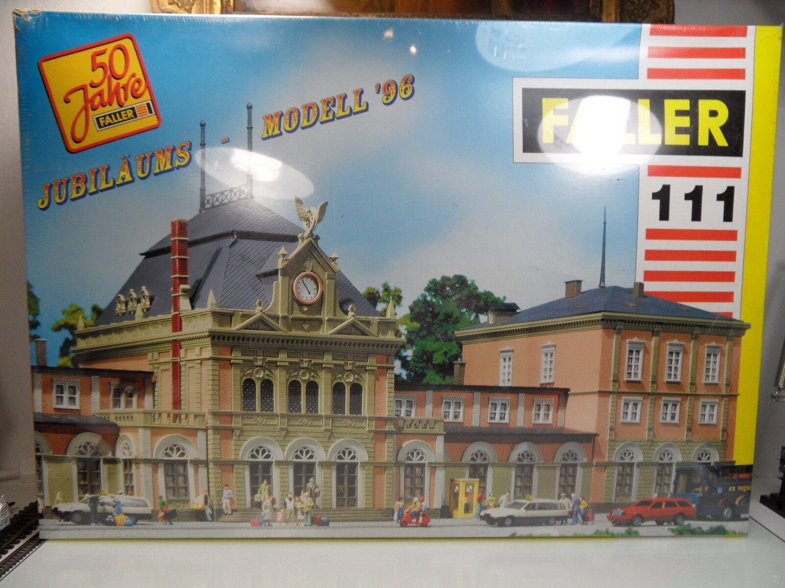 "Faller 111 - H0 - Bahnhof "" NEUSTADT "" Weinstraße - TOP in OVP  -"