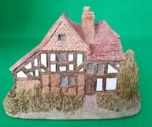 Lilliput Lane - Oak Lodge - 1984 - No Box and Deeds