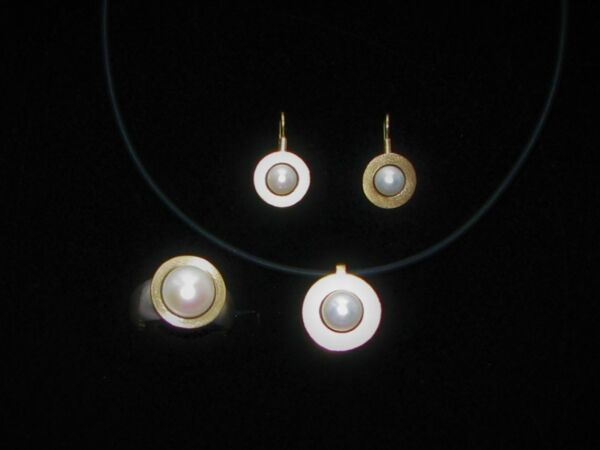 Intellektuell Wunderschönes Set, Ring Ohrringe Anhänger Silber/gold Mit Perlen, Goldschmied . HeißEr Verkauf 50-70% Rabatt