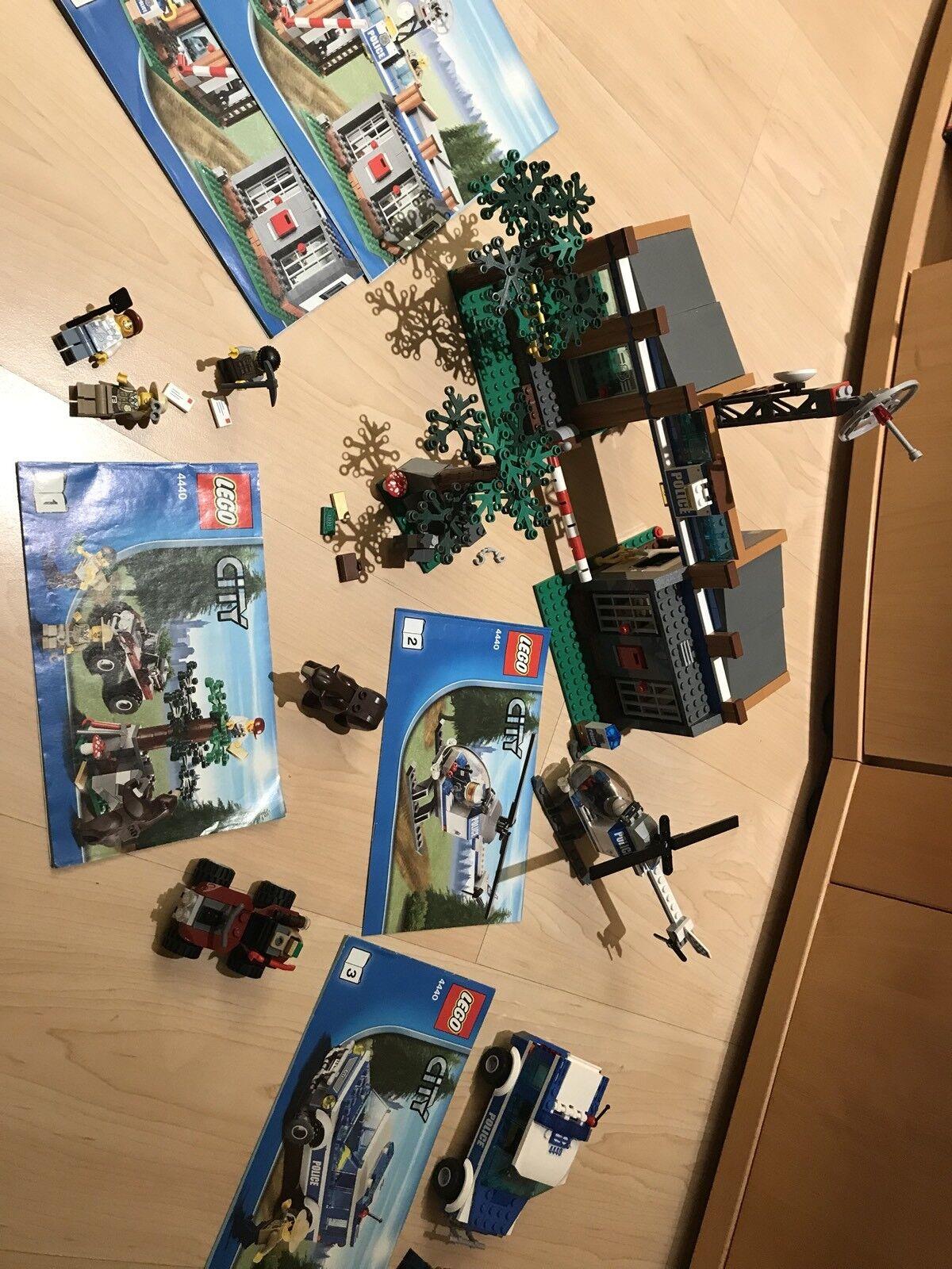 Lego City - Forstpolizeirevier (4440) vollständig