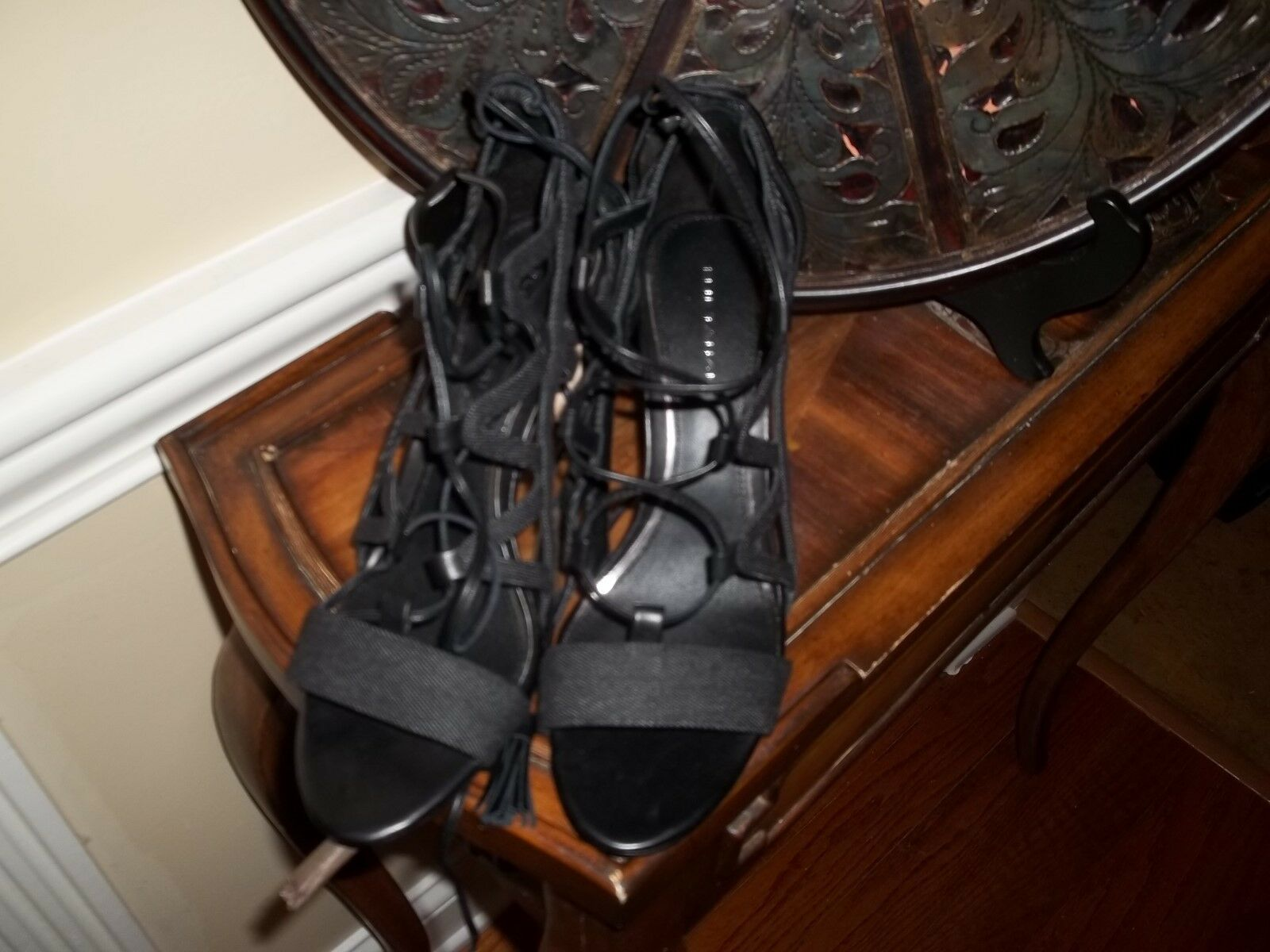 Nuova Elie Tahari nero Denim Lace Up Strappy High Heel  scarpe 8.5  Prezzo al piano