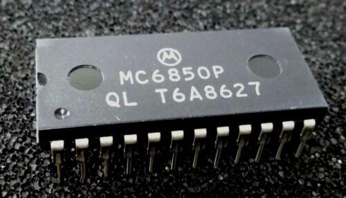Motorola MC6850P 24pin DIL DIP IC Serial Interface Adaptateur 6850 MC6850