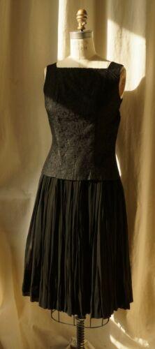 60s Elegant Black Lace Top and Chiffon Skirt Squar