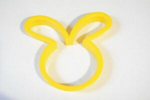 plastic-yellow-easter-bunny-rabbit-head-cookie-cutter-4-034