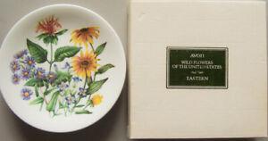Vintage-1970s-Avon-034-WILD-FLOWERS-OF-THE-EASTERN-U-S-034-Porcelain-8-75-034-Plate-Box