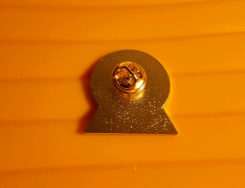 Republican Irish Easter Ireland Football Pin Badge 1916-2016