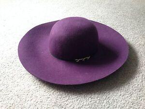 Floppy-Hat-August-Accessories