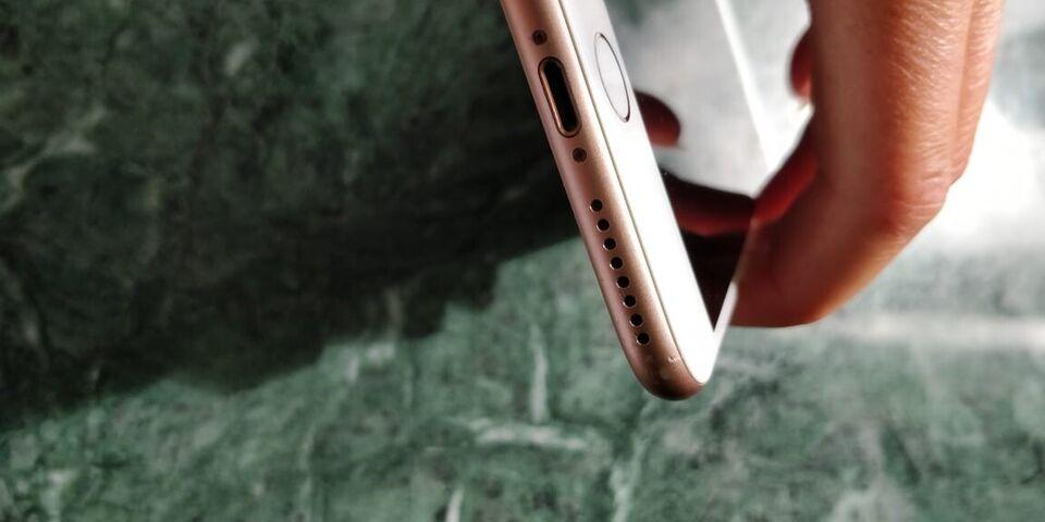 iPhone 8 Plus, 64 GB, pink
