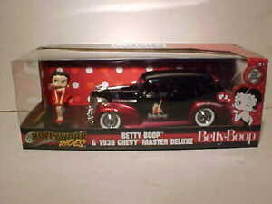 Betty-Boop-1939-Chevrolet-Master-Deluxe-Diecast-Car-1-24-Jada-8-Pulgadas-Con-Figura