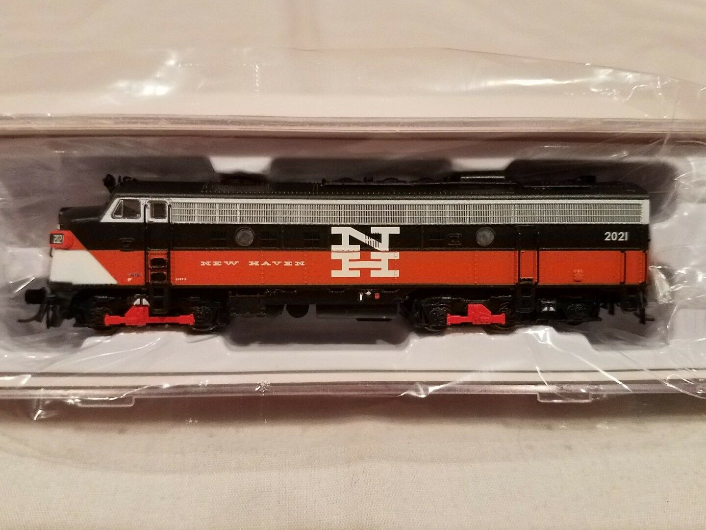 N SCALE RAPIDO TRAINS 15515 EMD FL9 NH EDER-5  2021 DCC SOUND EQUIPPED NEW