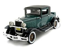 1930 HUDSON GREAT EIGHT GREEN 1/32 DIECAST MODEL BY SIGNATURE MODELS 32307