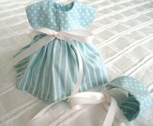 8-034-Ginny-Doll-Clothes-Handmade-039-Fliss-039-Blue-and-White-Cotton-Dress-amp-Bonnet