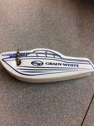 WHITE GRADY WHITE FLOATING KEYCHAIN