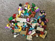 LEGO FRIENDS: SCÈNE CALENDRIER AVENT NOËL À RECONSTITUER