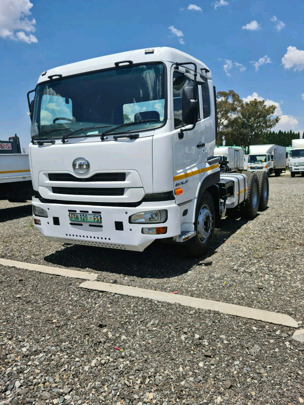 2015 Nissan UD GW26-410 Truck Tractor / Horse for sale