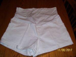 Liz-Lange-maternity-shorts-XL-NWT