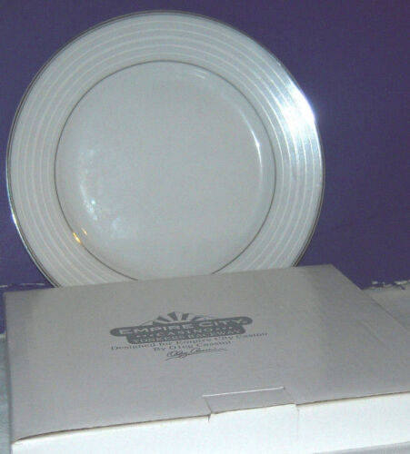 Oleg Cassini  7.5 inch Salad Plate for Empire City Casino Yonkers Raceway NY