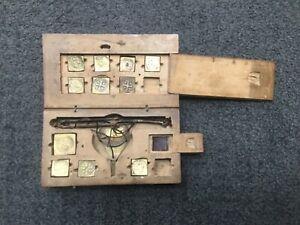 Antike-Waage-Goldwaage-Munzwaage-1700-Coinweight-Poids-monetaires