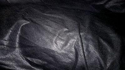 tissu suedine daim extensible col prune violette ou aubergine foncé  100x140 cm