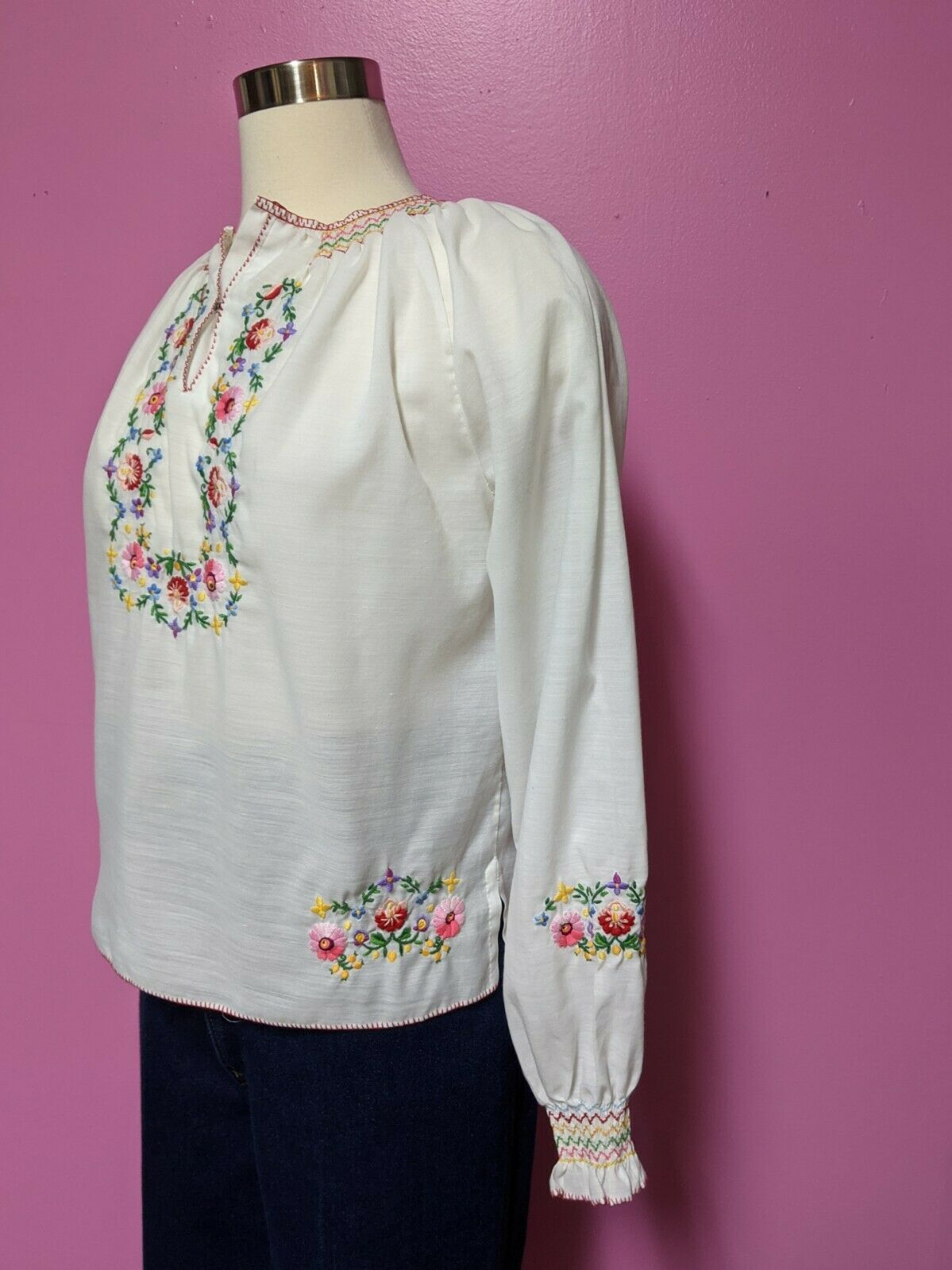 Hungarian Folk Embroidered Blouse/Size XS/S/Peasa… - image 2