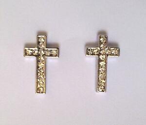 orecchini a forma di croce