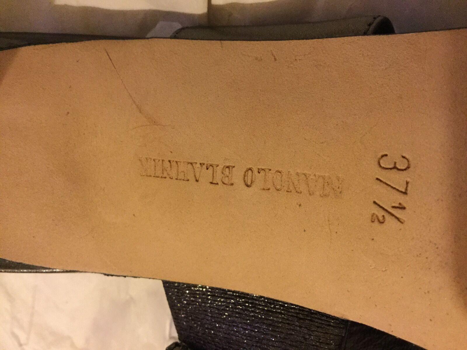 EXCELLENT CONDITION Manolo Blahnik Blahnik Blahnik Jeweled Metallic Leather Sandals - 37.5 967b46