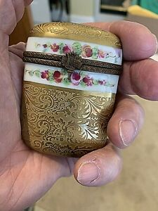 Limoges-Porcelain-Collectible-Box-Slim-Gold-Box-2-75x2-034-hand-painted-Vintage