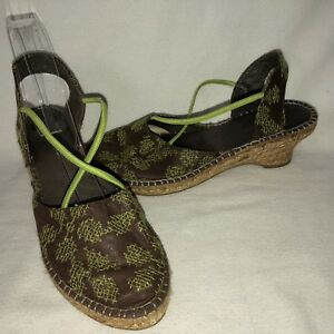 fa63c2a35d3 Details about Eric Michael Women's 39 8.5 Brown Green Silk Slip On Closed  Toe Espadrille Shoe