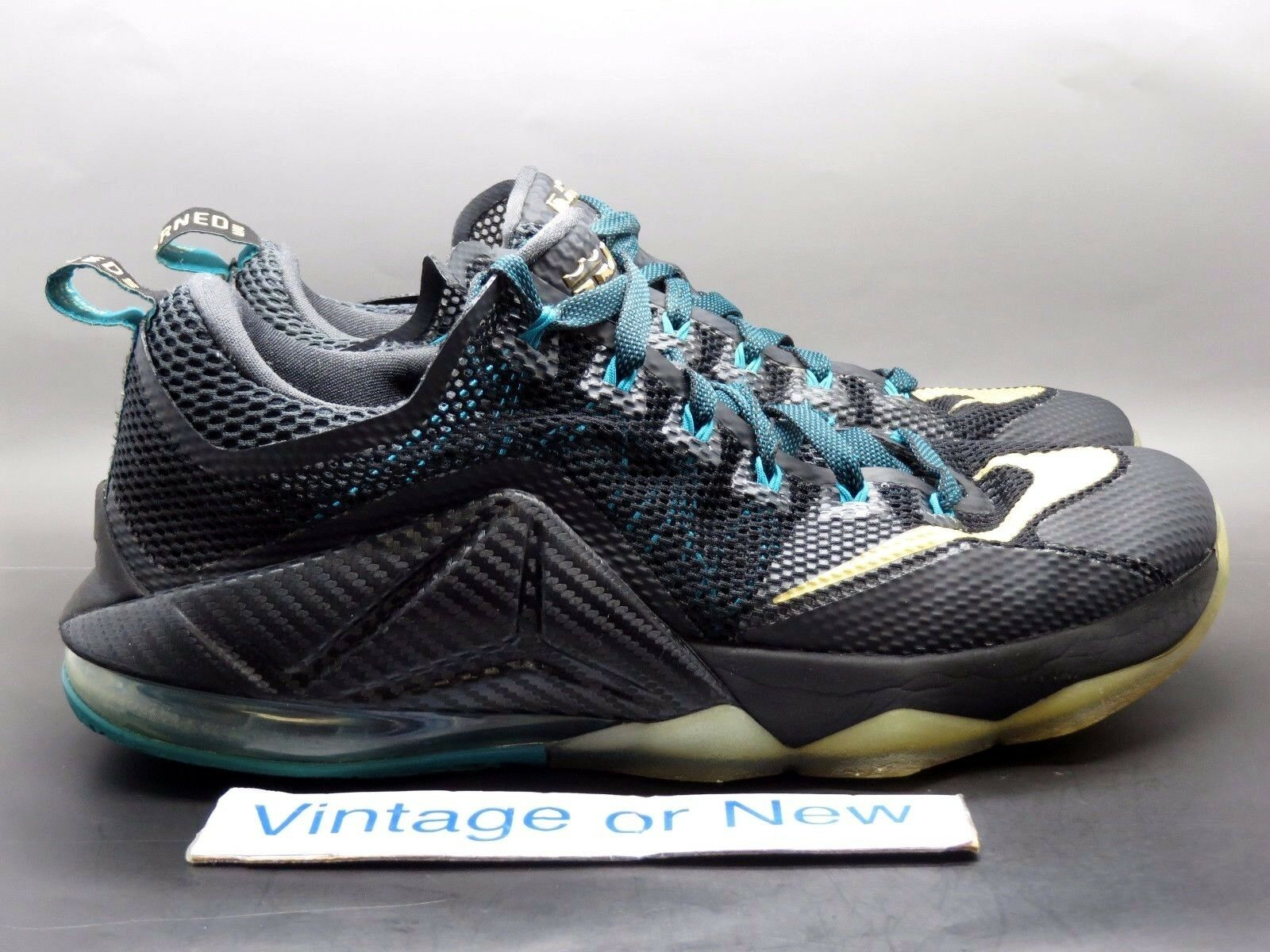 Casual wild Nike LeBron XII 12 Low SVSM Black Gold Anthracite Emerald Price reduction