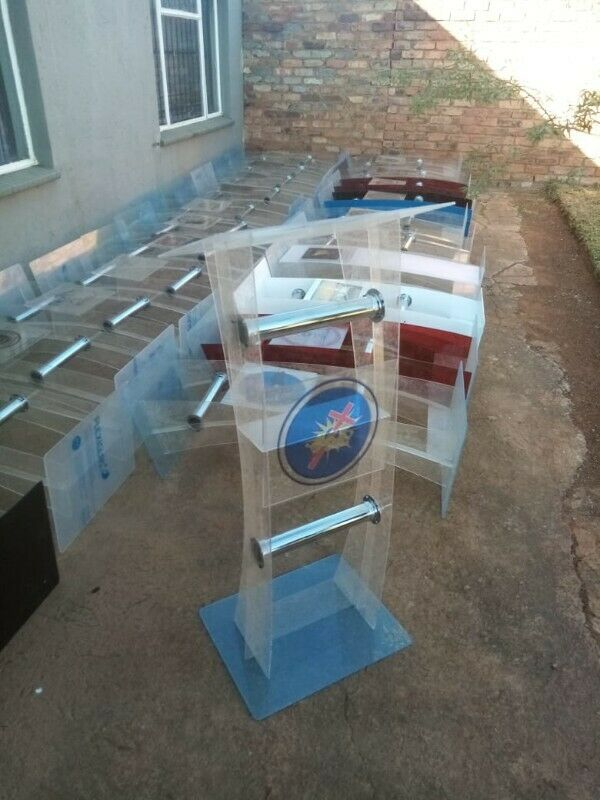 Low Cost Acrylic Podiums On Sale Now. Free Delivery & Logo
