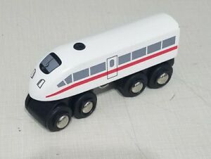 Brio-High-Speed-White-Train-with-Horn-Sound-Battery-Operated-Wooden-Toy-Thomas