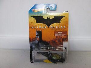 Hot-Wheels-Batman-Begins-Batcopter-4-8