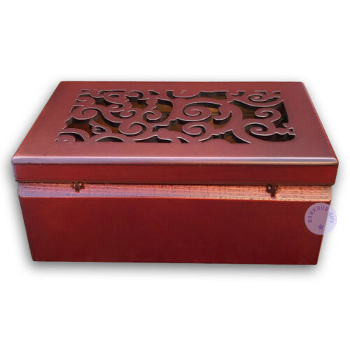 """Play /""""White Christmas/"""" Hollow out Wooden Sankyo Music Box With a Jewelry Box"""