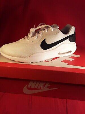 Nike Air Max Oketo 4E White/Black