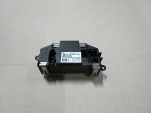 Original-VW-Sharan-7N-Vorwiderstand-M6002-3c0907521f