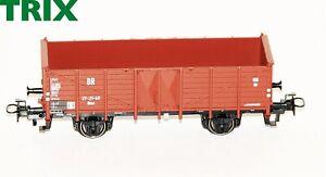 Trix-H0-21532-2-Hochbordwagen-Omu-der-DR-NEU