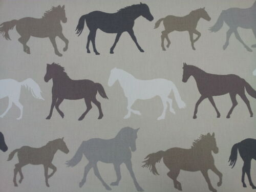 "Clarke and Clarke Stampede Horses Linen Vintage Fabric 137cm//54/"" wide"