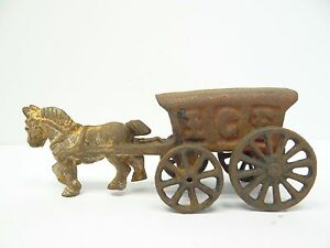Was Vintage decorative metal carriage