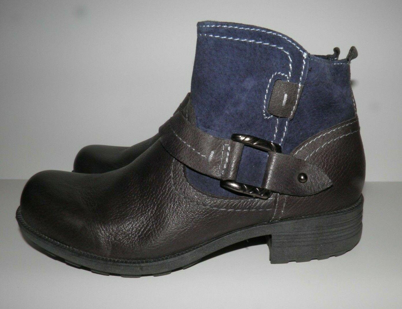Buckle Details Khaki Earth Origins Womans Destiny Suede Ankle Boots