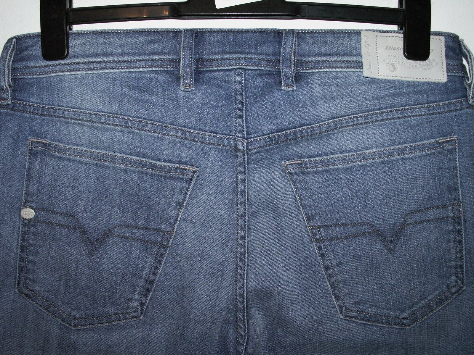 Diesel waykee regular-straight jeans U665H W32 L32 (a3486)  sale