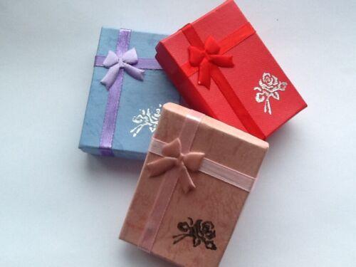 FROZEN  ELSA AND ANNA CHARM BRACELET ADJUSTABLE 2 to 4 YEAR GIFT BOX BIRTHDAY