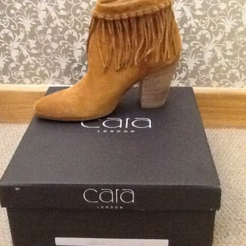 40 Tan London Ladies Of Størrelse Boots Av Suede Cara xZZnUq78C