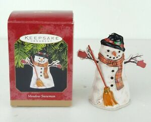 Hallmark-Keepsake-Ornament-Dated-1997-Meadow-Snowman-Tin-Christmas-W-Box-New