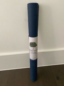 Jade-Yoga-Voyager-Yoga-Mat-Eco-Friendly-Latex-Free-ideal-for-trips-1-6mm